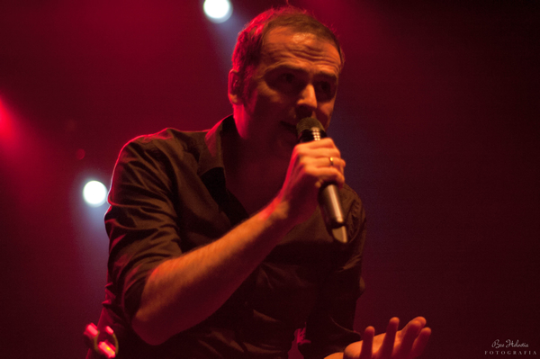 Vocalista Hansi Kürsch do Blind Guardian - (Foto: Bre Helvetia/Universodorock)